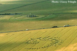 Stonehenge - Crop circle formed during the day in less of 30 minutes - July 1996