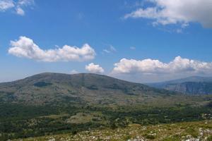Col de Vence: le Plateau des Idoles et le Puy de Tourettes [coldevence.com]